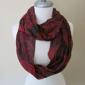 NEW DIRECTIONS *NEW* Infinity Scarf Black Red